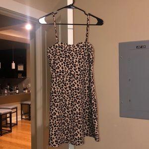 H&M leopard dress mini